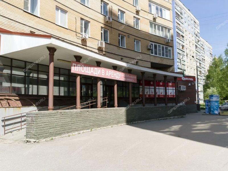 помещение под офис, торговую площадь на улице Нижне-Печерская